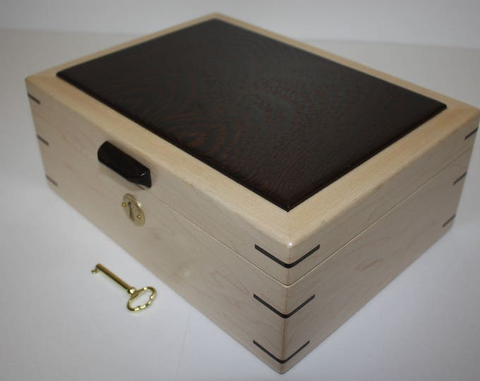 Handmade Locking Maple Box with Bookmatched Plain Sliced Wenge Wood Lid, Valet Box, Keepsake Box, Jewelry Box, Lift Out Tray, Dividers