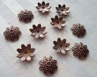30 Big Copper Flower Caps. 15x4mm 8 Ornate Perfect Petals. Antiqued Copper Cast Metal Flower Caps. Tibetan Dome Caps. USPS Ship Rates/OR