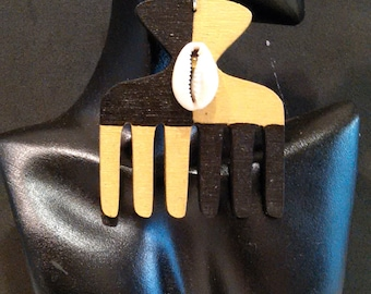Gold and Black Asymmetric Pattern Afro Pick/ Duafe with Cowry Shell Earrings MADE TO ORDER