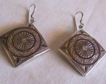 850 Silver Niello Dangle Wire Earrings