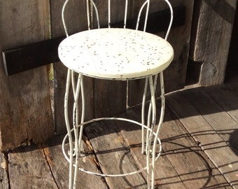 Vintage Vanity Chair, Wire Vanity Chair, Mid Century Vanity Chair, Original Seat, Vintage Wire Vanity Chair, Ice Cream Parlor Style
