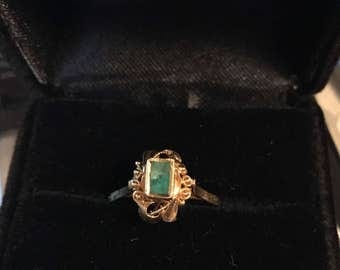 18k gold Vintage Colombian Emerald Ring