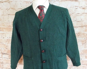Vintage Jaeger Mens All Wool Cardigan Sweater Jumper Green V Neck With Leather Buttons Geek Chic Preppy c 1940-50s 40in