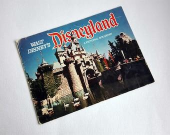 Vintage Walt Disney Disneyland, Pictorial Souvenir, 33 pages,Vintage Disney Souvenir Guide, 1973.