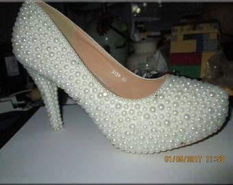 Cinderella White Pearl and Crystal Wedding Bridal Shoes- Size US 9, 50% off, now 99 dollars