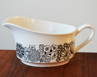 Grindley Ironstone Gravy Boat 'Manitou' pattern, English black and white dinnerware circa 1970s