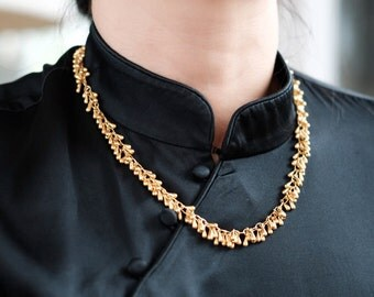 Raindrops Inspired Gold Necklace - Lenght at 20 inches