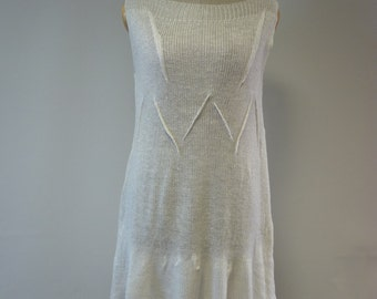 The hot price. Casual handmade white linen tunic, M size.