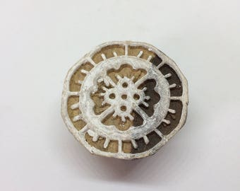 Round printing block, wood stamp, traditional indian motif 120