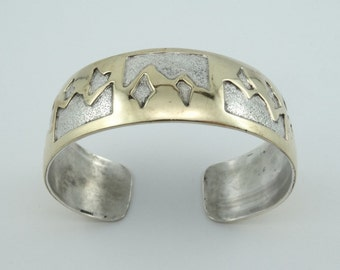 """Signed """"C&S"""" Southwest Navajo Native American Vintage Silver and Gold Cuff Bracelet  #CSCUFF-CF4"""