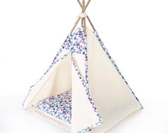 Pet teepee // Blue geometric