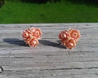 Vintage shell flower earrings
