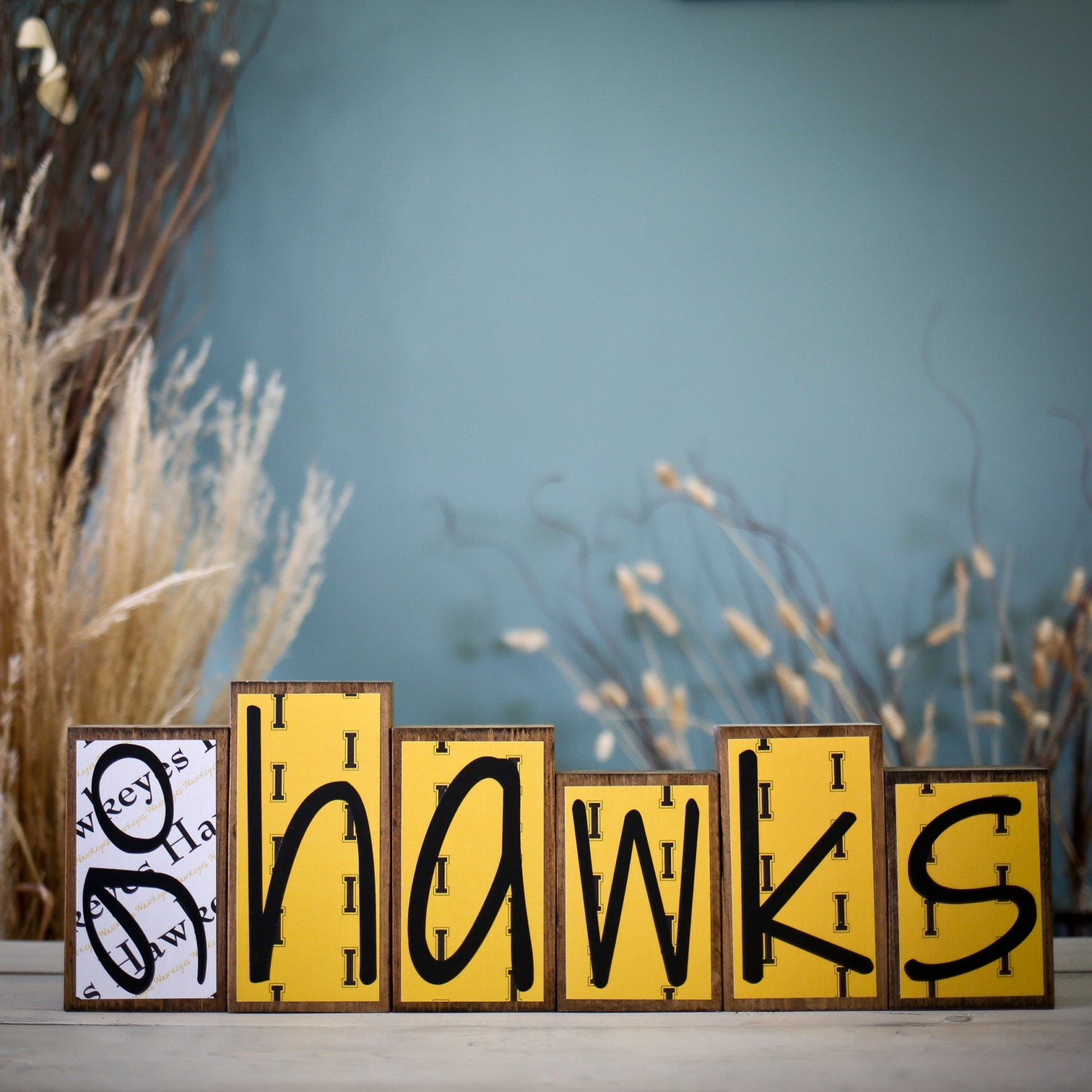 Home decor wood blocks go hawks iowa hawkeyes herky for Iowa hawkeye decor