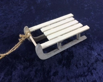 1 Small White Wooden Sled Miniature Sled Small Shed For Crafting Craft Supplies Cake Supplies
