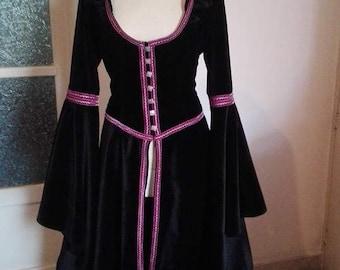 medieval fantasy velvet overcoat svizero