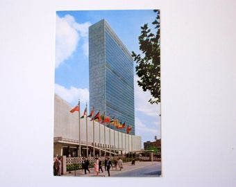 United Nations Building New York City Postcard / ALMA Postcard Alfred Mainzer / United Nations Postcard