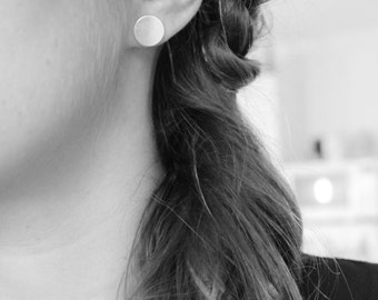 round coin in Sterling Silver earrings