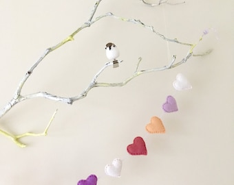 Felt heart garland - Sweetheart Valentine's Day Decor (Free shipping within the UK)