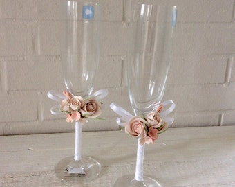 Wedding Bride Groom glass champagne glasses with clay flowers champagne glasses plus candle ivory wedding