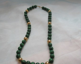 Green with Marbling  and Gold Tone Plastic Beads Necklace