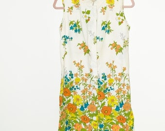 60's Floral Shift Dress