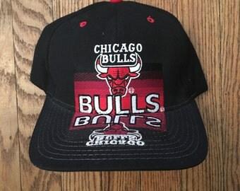 Vintage 90s Starter Chicago Bulls NBA Snapback Hat Baseball Cap