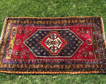 Beautiful, rich colors, vintage Turkish handmade rug 3x5ft