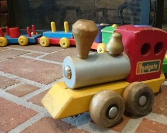 Vintage Holgate Wooden Pull Toy Train/ Vintage Wooden Train/ Wooden Toy
