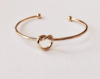 Gold Love Knot Bracelet / Single Knot Bangle / Charm Twisted Bangle Bracelet / BR24