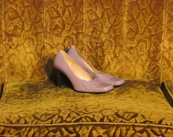 80's Woman's Lavender Purple Worthington Leather Pumps Size Size 6 1/2 - 7