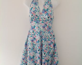 Vintage dress, summer dress, sun dress, 70's dress, halterneck, women's sun dress, beach dress, cotton dress, floral dress, festival,