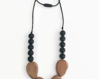 Silicone and Wood Teething Necklace - Morgan in Black - chewable necklace, teething necklace, nursing, teething, tuggable, wood beads