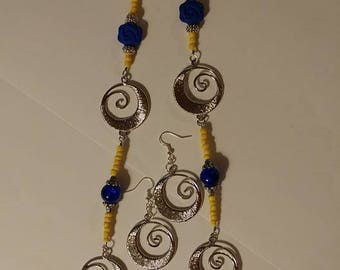 Don't Be Blue Roses and Silver Spiral Necklace with Spiral Earrings