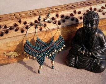 Macramé Gypsy Hoop Earrings 'SURYA'. Bohemian jewelry. Tribal jewelry. Hippie, boho chic, festival jewelry. Bellydance Earrings.