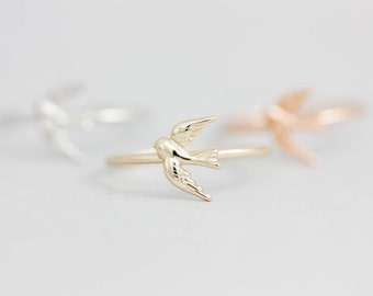 Swallow Ring, Gold Bird Ring, Delicate silver ring, Swallow Bird Ring, Stackable Bird Ring, Tiny Bird Jewelry, Bird Ring, Simple Ring SR0003