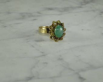 Jade/14K Gold Ring ( size 6.5)