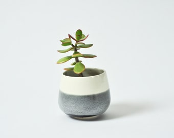 Planter - Black and White