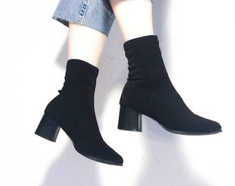 Vintage 90's   Black fabric sock boots / Minimal stretch boots / Block heel ankle boots   Size 7.5 / 38