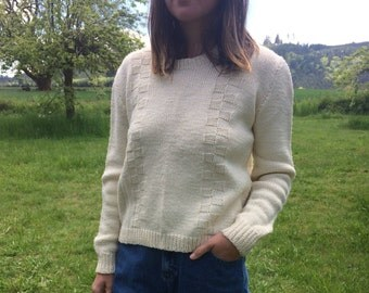 Tara Sweater // Vintage 1960s Sweater 1970s Sweater // knit sweater // womens sweater // size small // off-white sweater // USA
