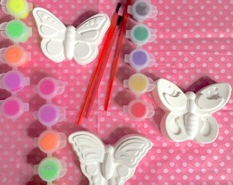 Butterfly party favors. Girls party favors.Creative DIY large ceramic butterfly with paint and brush. Choose filling color.