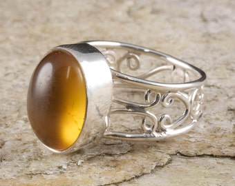 Size 8 AMBER Ring Sterling Silver Bezel Ring - Natural Amber Stone Cabochon J661