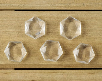 2.25cm Medium CLEAR QUARTZ Crystal Prism - Hexagonal Crystal Sacred Geometry - Heart Chakra Stone for Quartz Necklace, Quartz Pendant E0126