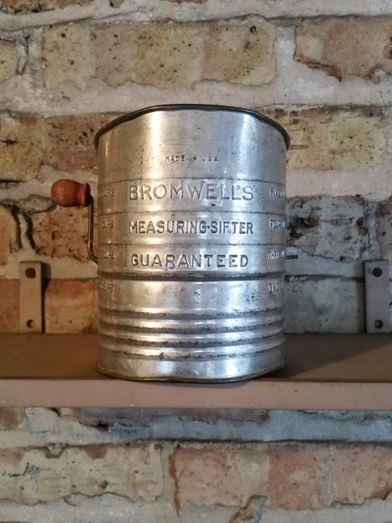 1940'S Bromwell's Measuring - Sifter | Antique Tin Crank Style Flour Sifter | 5 Cup Capacity - Wood Handle | Rustic Vintage Kitchen Decor
