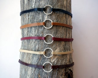 Thin Silver Ring Choker Necklace - Minimal Silver Ring Choker - Black Leather Circle Choker  - Dainty Ring Choker - Silver Circle Choker