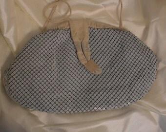 Vintage Mesh Bag by Lyrella