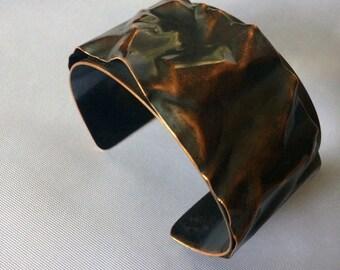 Crumpled cuff