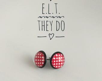 Polka dots stud earrings