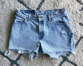 Light Wash High Waisted Levis