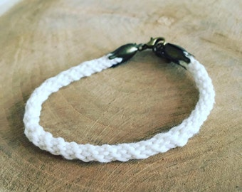 Kumihimo cotton white flower bracelet