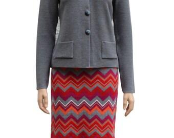 Skirt bo ssoni  merino wool  zick zack pattern  red  gray  colorful  pin skirt